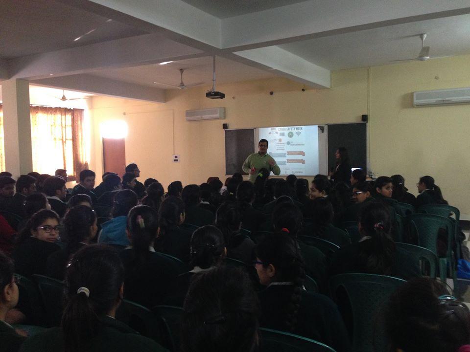 7.-Pinewood-School-Saharanpur-2